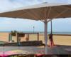 Windstabiler Profi-Großschirm Bahama-Jumbrella in Strandcafé