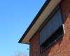 Fensterbeschattung mit REFLEXA-Raffstore (Außenjalousie) anthrazit-grau